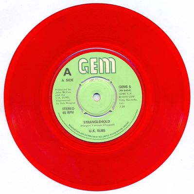 Red vinyl push-out centre A-side